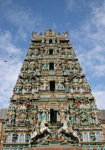 hindu-temple-in-kuala-lumpur-mal915