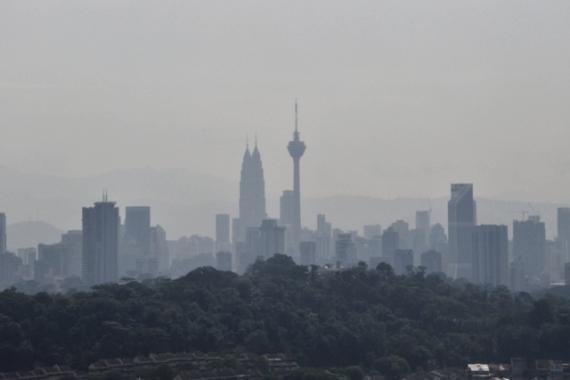 Okres smogu potrafi dać w kość. Miejcie ze sobą maseczki jednorazowe.