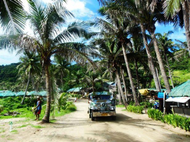 Przy plaży Blue Lagoon, okolice Pagudpud. Idyllicznie!