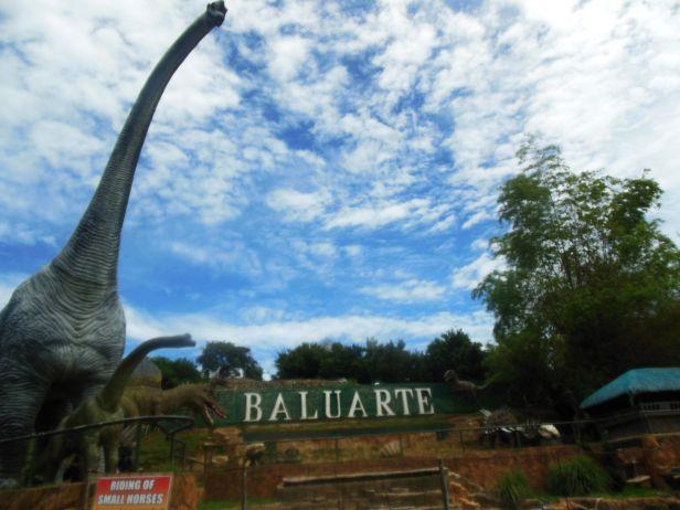 W zoo w Vigan są nawet dinozaury!