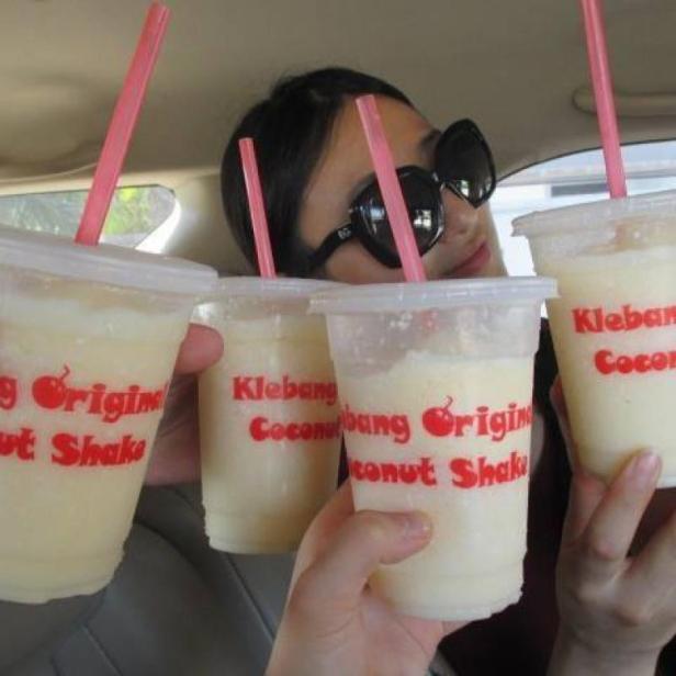Owoc naszej 3-godzinnej wyprawy do Melaki: słynne shake'i kokosowe!