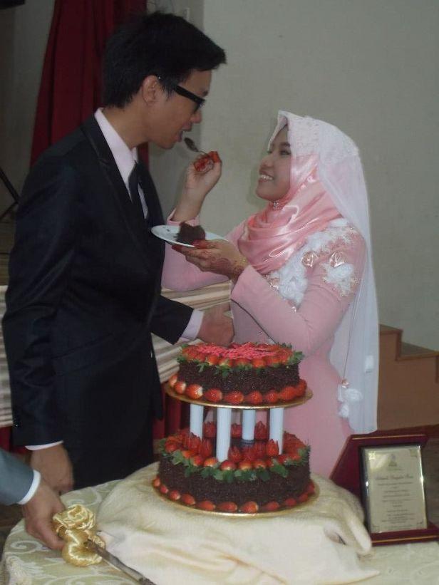 Para młoda na malajskim weselu