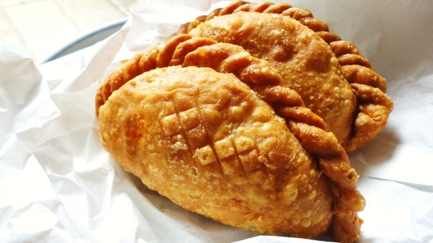 curry puff z Malezji