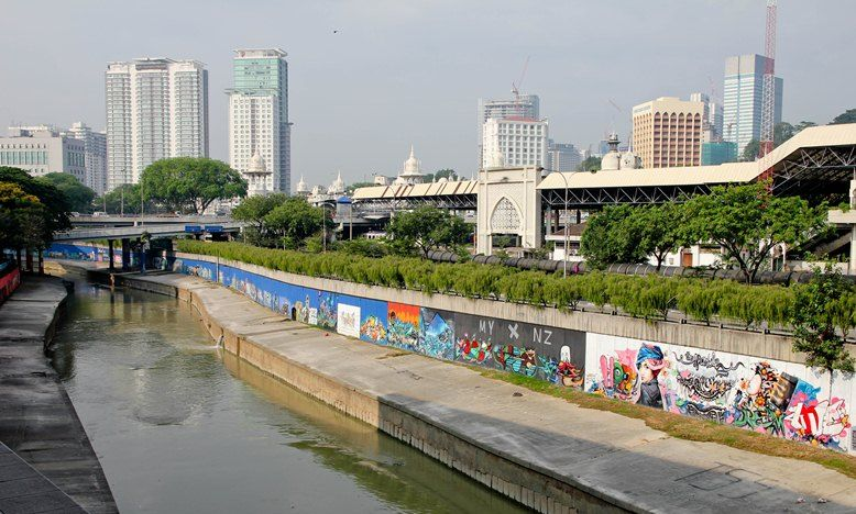 03 pasar seni klang river street art